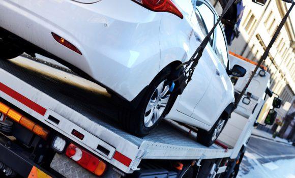 Transport pojazdów – co warto wiedzieć?