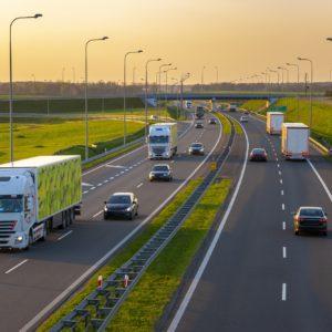 Transport w temperaturze kontrolowanej – co warto o nim wiedzieć?