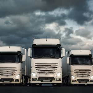Czym różni się logistyka i spedycja?