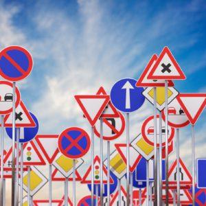 Zaskakujące i mało znane przepisy ruchu drogowego
